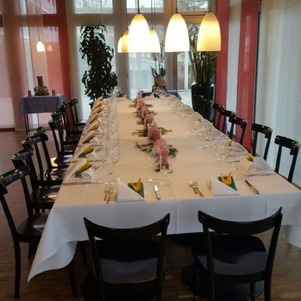 Restaurant-576x1024